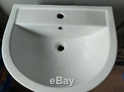 Quality Ceramic D Shape Pedestal Sink-complete Unit-brand New In Box