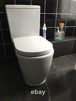 Right Hand L Shaped Complete Bathroom Suite with shower